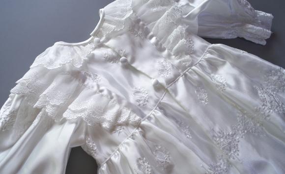 プリンセスドレス背中